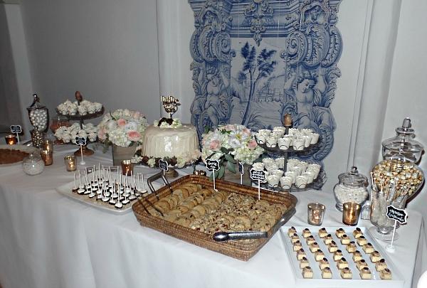 Dahlicious Dessert & Candy Bar